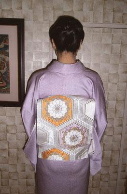 一つ紋付き 亀甲紋袋帯