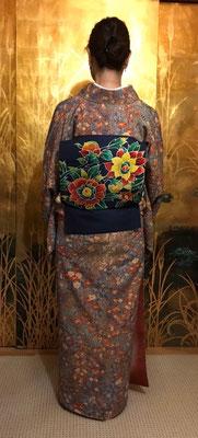 公恵さんは亜紀さんが結びました。