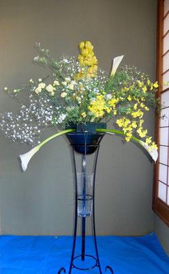 川上雅櫻  カラー コデマリ シンビジウム オンシジューム カーネーション