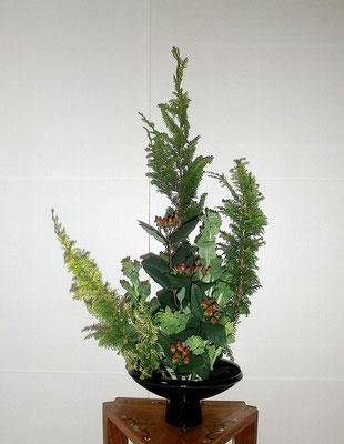 孔雀桧葉 ヒペリカム 菜の花 河本珠実