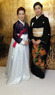 韓国茶道家元、李瑛子先生。茶道雅流二代宗家