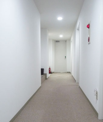 市谷寮 (女子寮) 廊下