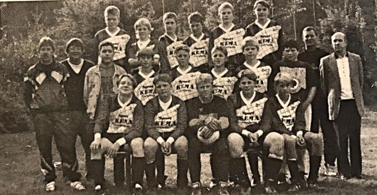 Die C2-Jugend in Spielgemeinschaft: DJK St. Ingbert / SV Oberwürzbach | Betreuer der DJK-Spieler: Wilhelm Zimmer