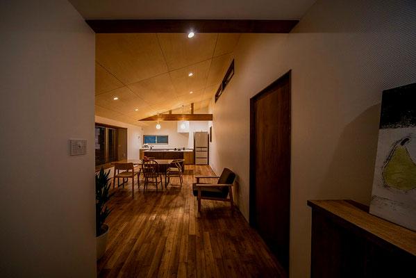 【注文住宅】千葉県松戸市の二世帯住宅 重層長屋の家 2階玄関