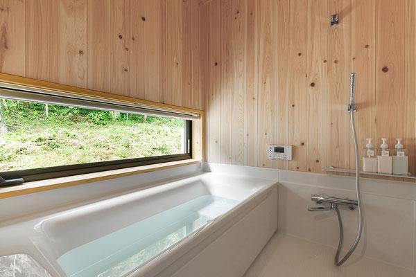 【注文住宅】石川県七尾市南大吞 游心庵 ヒノキ貼りの浴室