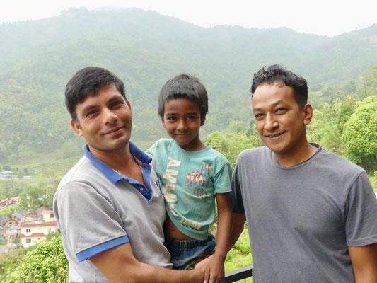 BE YOGI Yoga Beate Laudien Yoga Mainz Donation for Nepal - Sumit, Manohar, Gopal