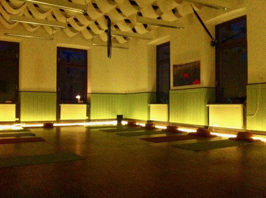 Yoga_Münster_Sarmsheim_Yoga_Bingen_Altes_Rathaus_Yogaraum_Bingen_Beate_Laudien