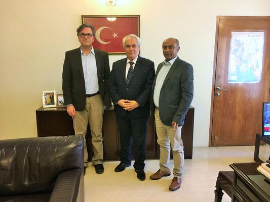 Der türkische Botschafter in Bangladesch, Devrim Öztürk