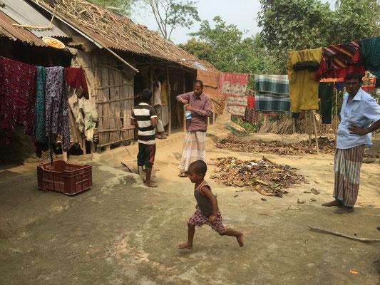 Typisches ärmliches Dorfleben