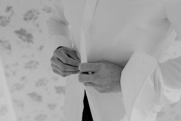 Bräutigam Hände Hemd