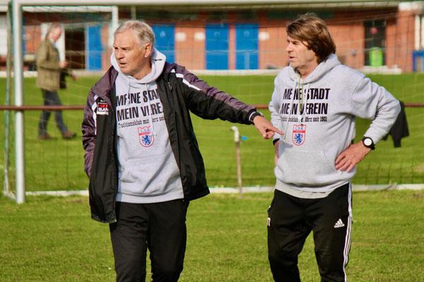 Die Leiter der Fußballschule: Rainer Zobel (l.) und Manni Nitschke