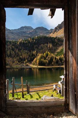 "Bergidylle - Leben am See, Lobende Erwähnung fotoforum Award 6/2015 Landschaften, Kategorie ""Welt der Berge"""