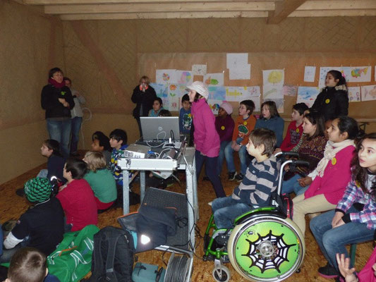 Kinderkonferenz: Wie soll unser barrierefreies Klo auf dem Hof aussehen? 2013