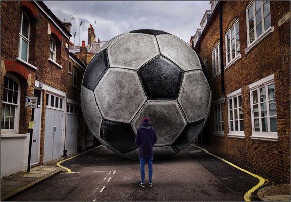 Fußball in der Sackgasse ..