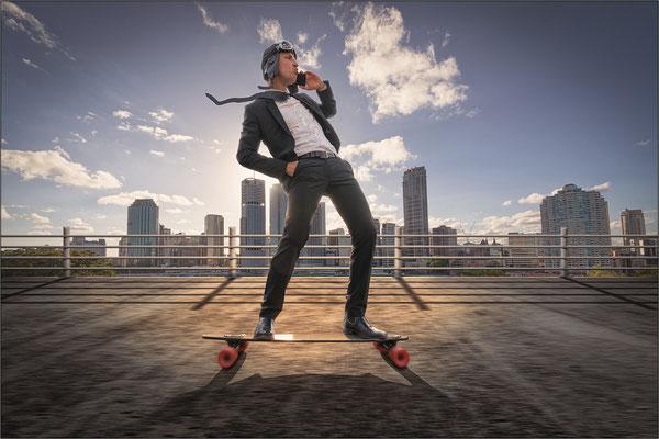 Buiness-Skater ...
