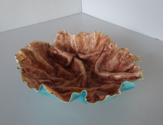 """Sierschaal Klatergoud"""" (Keramiek, glazuur, brons, sulfaten) 45 cm"""