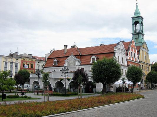 Marktplatz mit altem Rathaus  (Rynek) - Foto: Archiv Partnerstädteverein Bad Dürkheim