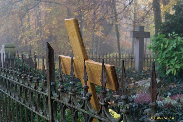 Soldatenfriedhof bei Schloss Solitude