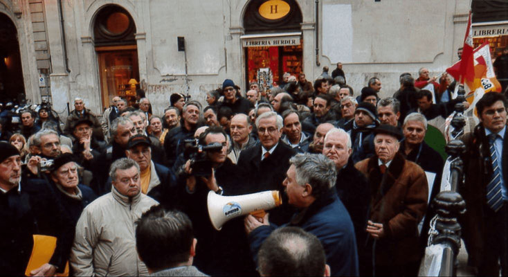 Manifestazione ONA
