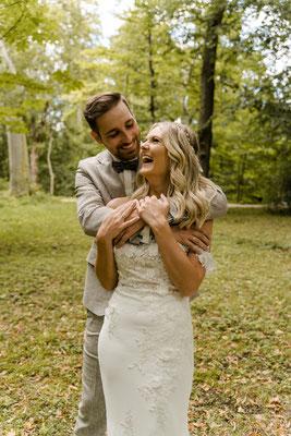 Hochzeitsfotos im Park - Fotograf Purelovestories