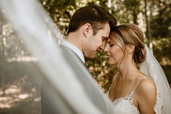 Brautpaar - Fotoshooting mit Schleier