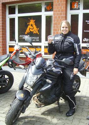 Melina Kliebisch hat ihren A2 Führerschein seit dem 11.06.2018