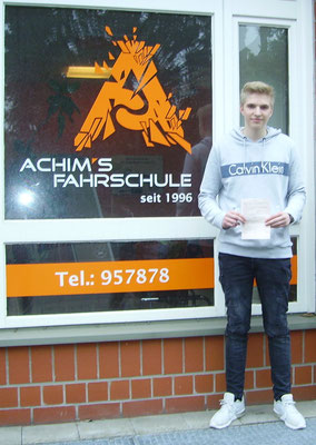Adran Barsch hat seinen B Führerschein seit dem 13.04.2018