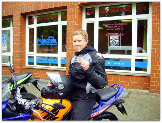 Kai Böttger hat seinen A1-Führerschein seit dem 28.05.14!