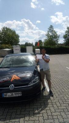 Walid Al Souedani hat seinen B Führerschein seit dem 08.08.2019!