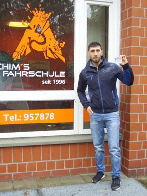 Badie Muhi hat seinen B Führerschein seit dem 12.12.2017