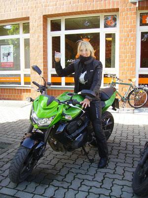 Petra Wedekind-Schröter hat ihren A Führerschein seit dem 25.09.2018!