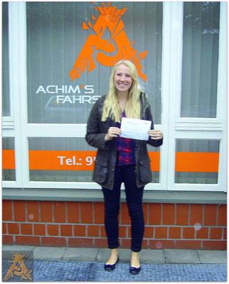 Berit Carolin Matzen hat ihren B-Führerschein seit dem 09.10.15!