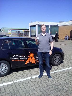 Julian Künne hat seinen B Führerschein seit dem 02.07.2018!