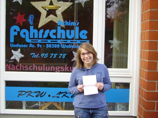 Wiebke Neutzler hat ihren B-Führerschein seit dem 02.12.13!