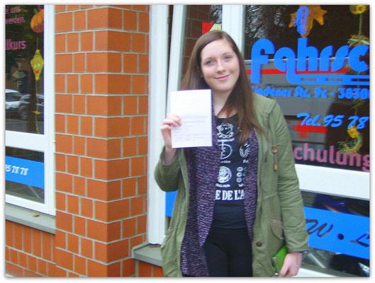 Nele Meinecke hat ihren B-Führerschein seit dem 30.10.14!