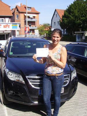Rebecca Pohl hat ihren Führerschein seit dem 21.08.13!