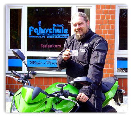 Jan Petersen hat seinen A-Führerschein seit dem 23.04.14!