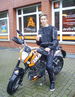 Jannis Halm hat seinen A1 Führerschein seit dem 10.10.2017