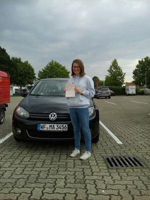Lena Dierker hat ihren B Führerschein seit dem 17.08.2017