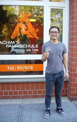 Fengchun Bao hat seinen B-Führerschein seit dem 11.10.2018!