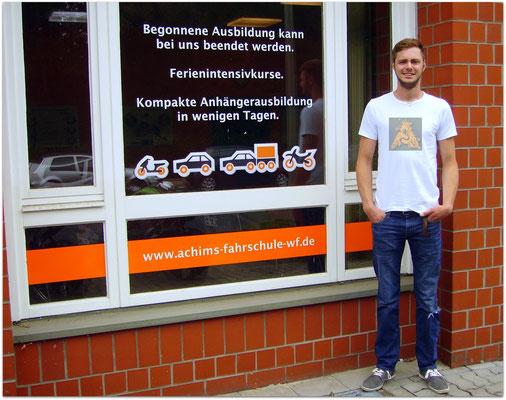 Don-Julian Großmann hat seinen B-Führerschein seit dem 16.06.16!