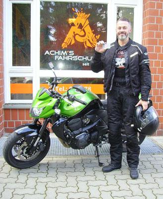 Alexander Apel hat seinen A Führerschein seit dem 28.08.2017