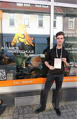 Jannes Ohlig hat seinen B Führerschein seit dem 15.05.2017