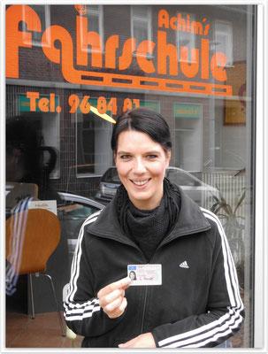 Stefanie Mander hat ihren B-Führerschein seit dem 30.09.14!