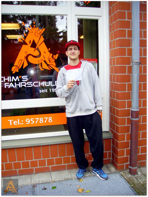 Lennie-Aljoscha Hinze hat seinen B-Führerschein seit dem 15.09.15!