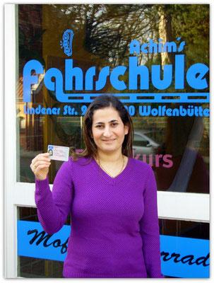 Sahra Soume hat ihren B-Führerschein seit dem 21.01.15!