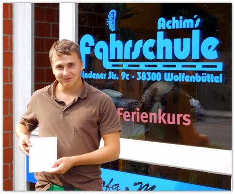 Lukas Knorr hat seinen B-Führerschein seit dem 11.08.14!