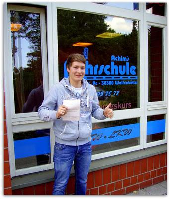 Carsten Fuhrmeister hat seinen B-Führerschein seit dem 02.06.14!
