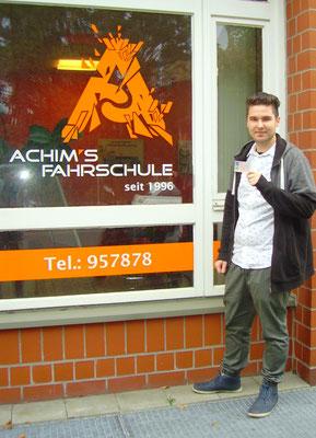 Christian Woloszyn hat seinen B Führerschein seit dem 23.11.2017