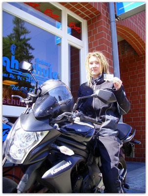Christin Schulz hat ihren A-Führerschein seit dem 23.07.14!